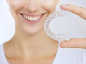 Schienentherapie Zähneknirschen Knirscherschiene